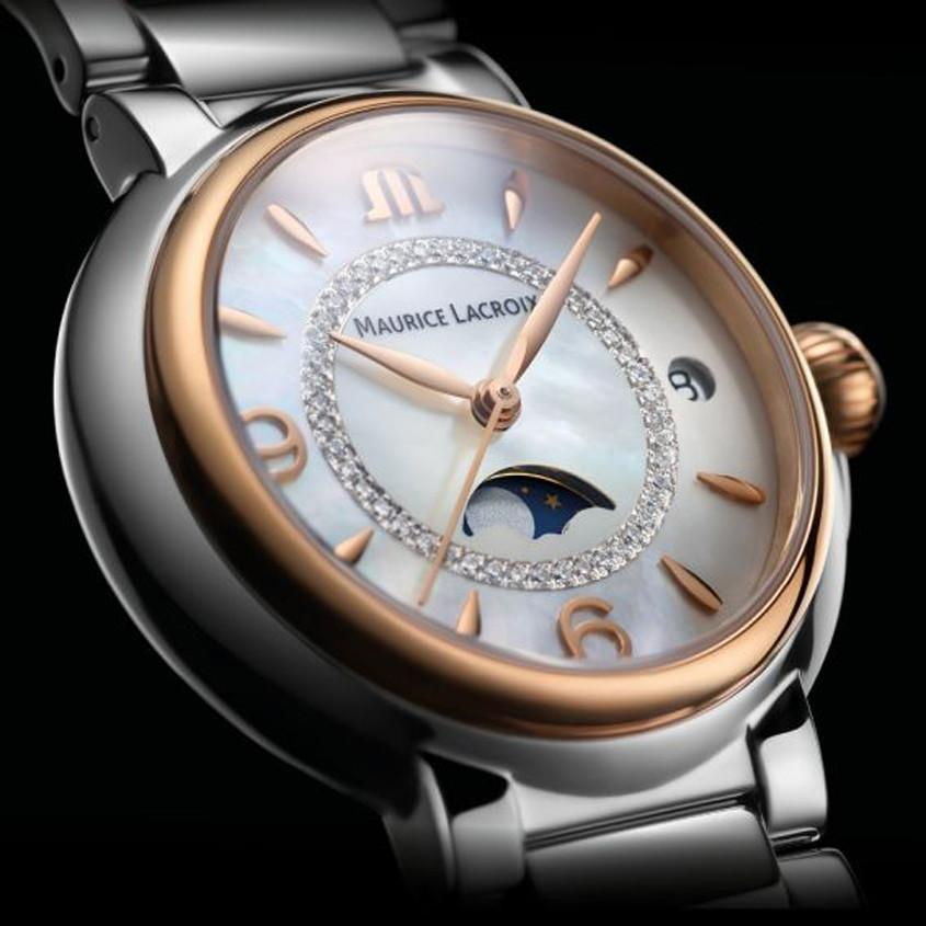 Foto maanfase horloge van Maurice Lacroix