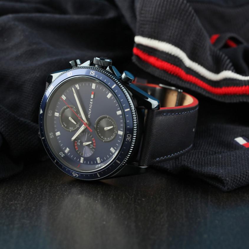 TH1791839 horloge