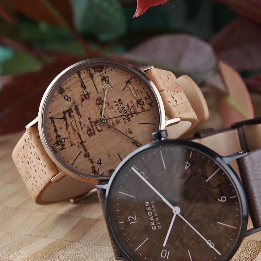 Twee Skagen naturals horloges met kurk wijzerplaat