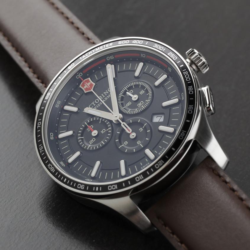 241826 - Victorinox Swiss Army – Alliance militair horloge met tachymeter