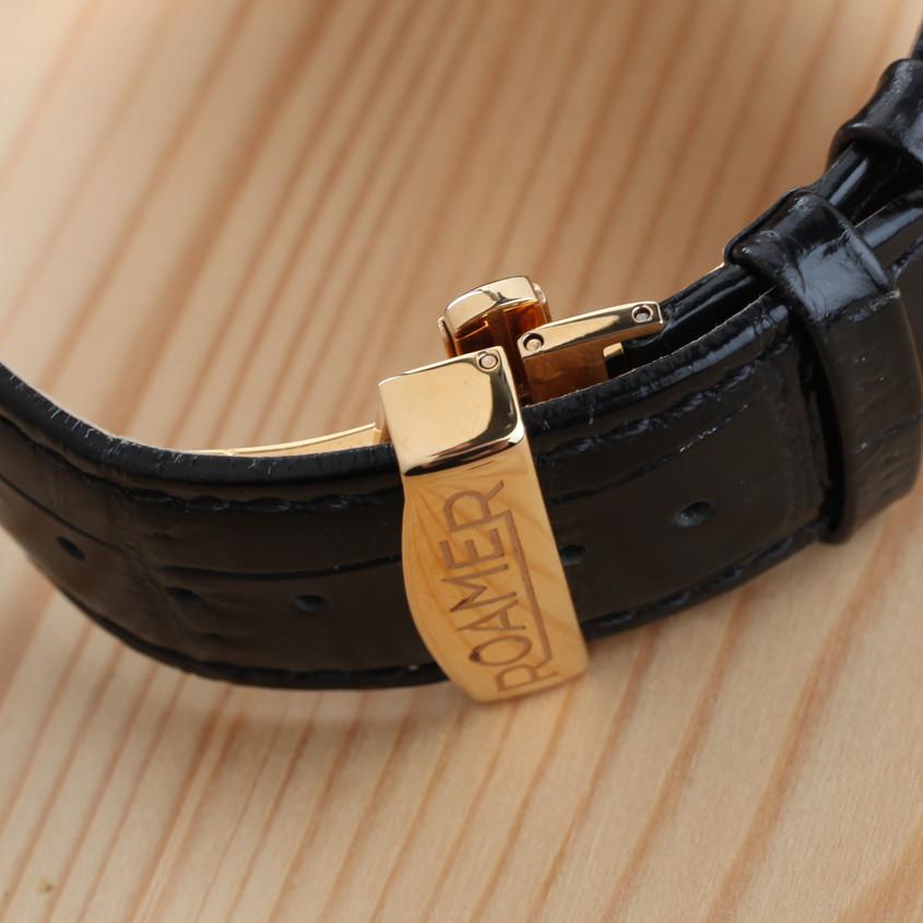 Foto deployant horlogeband sluiting